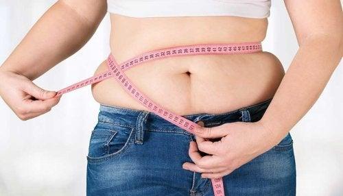 甲状腺機能低下症 で体重増加