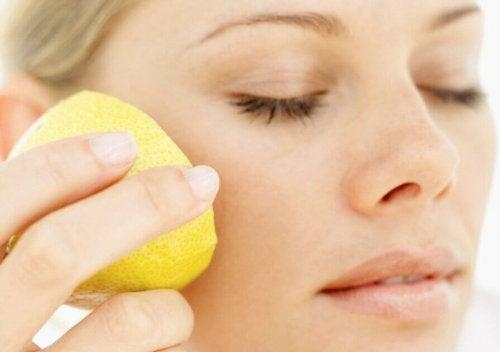 レモンでシワの予防