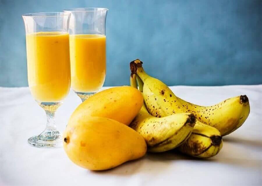 マンゴーとバナナのスムージー