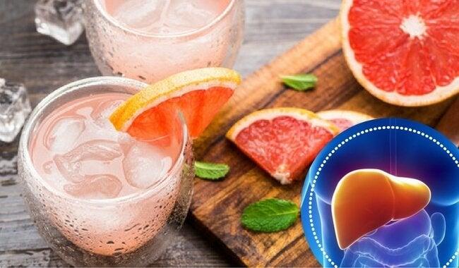 グレープフルーツジュース、肝臓