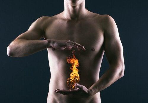 体内で燃える炎