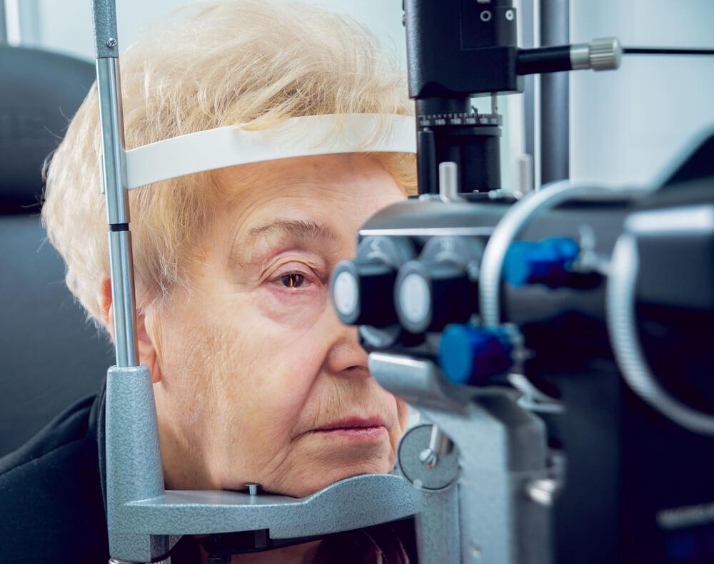 加齢性白内障