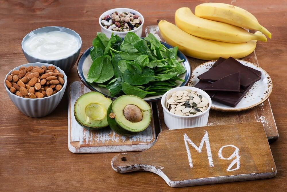 Mgとかいたまな板と食品