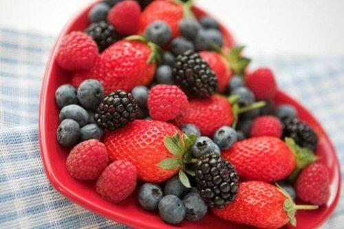 ベリー カサカサ乾燥肌に効くフルーツ