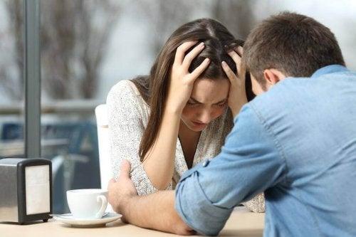 別れたりよりを戻したりを繰り返すカップルが辛い理由