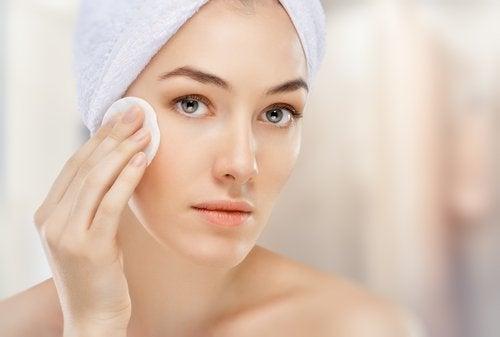 肌の保湿方法
