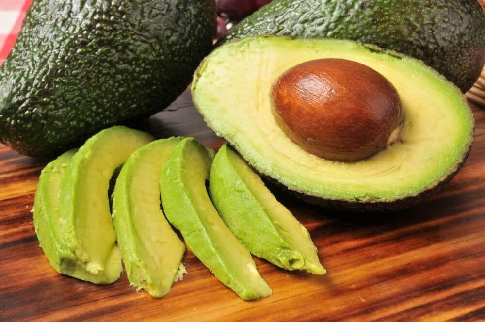 アボカド 減量を促進してくれるフルーツ