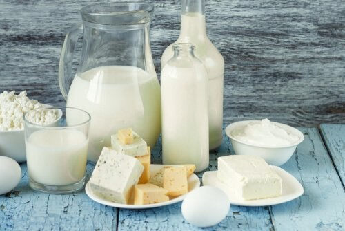 乳製品 栄養バランスのとれた朝食