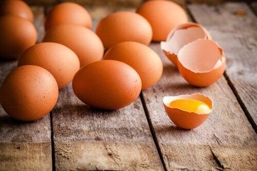 卵 消化に悪く便秘の原因になる食品