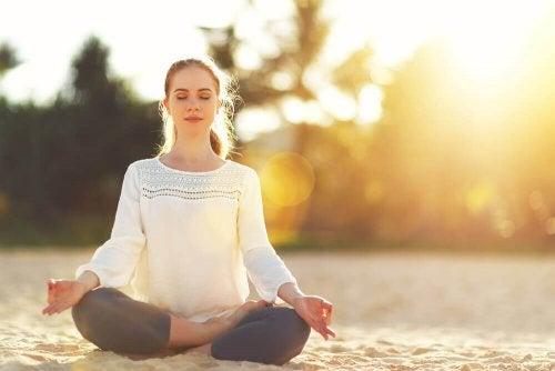 ポジティブ なエネルギーを引き寄せるために瞑想