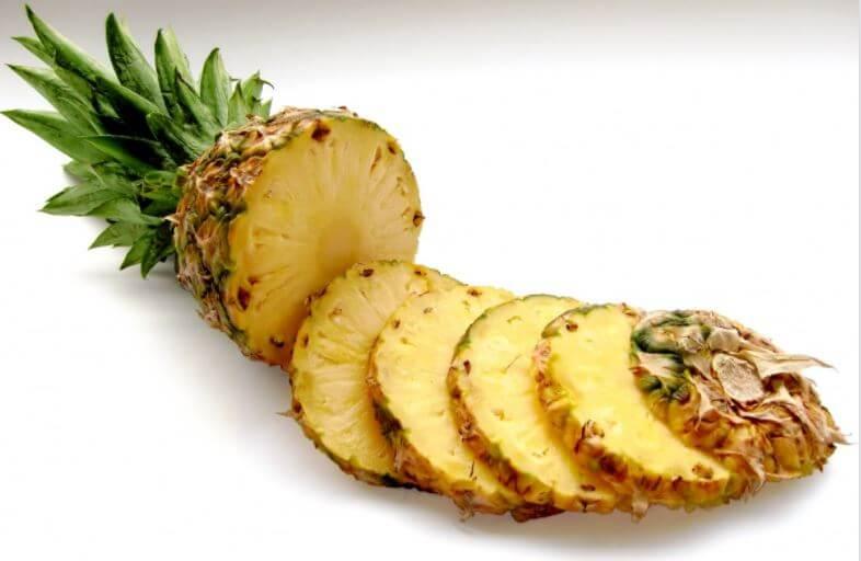 パイナップルの輪切り