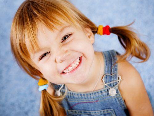 幸せな女の子 尿路感染症