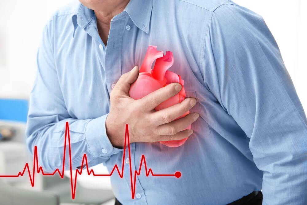 心臓発作のサインを知る5つの方法