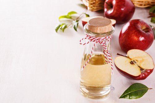 リンゴ酢で洗顔