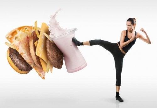食欲を抑えるためにコレを試してみよう!