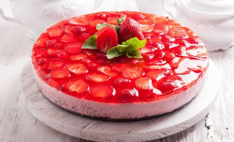 イチゴゼリーケーキ