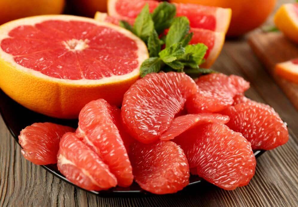 グレープフルーツ 脂肪を燃焼する食べ物