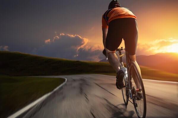サイクリング 心臓の機能を活発にするエクササイズ