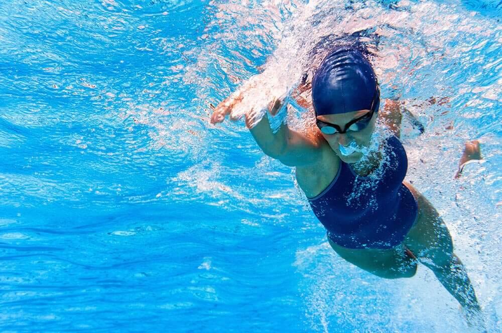 水泳 心臓の機能を活発にするエクササイズ