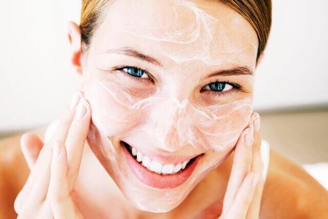 洗顔 更年期のスキンケア