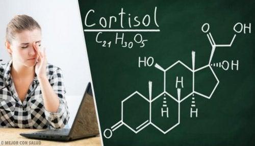 コレステロール値を下げる自然療法と健康的な生活習慣