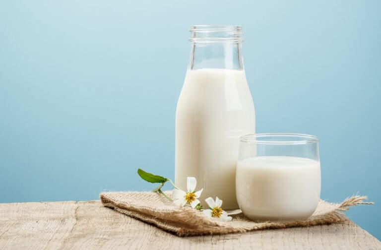 牛乳は下痢の時は避けましょう