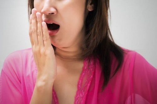 口臭を効果的に抑える自然療法