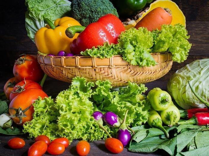 野菜 背中の痛み