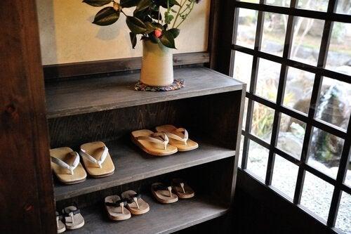 日本の靴箱