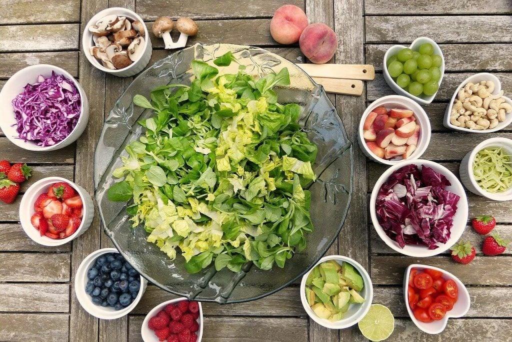 栄養たっぷり!素早く簡単にできるサラダ6選
