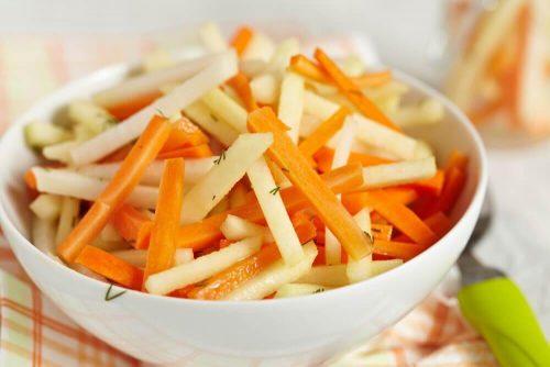 結腸を洗浄するデトックスサラダ5選