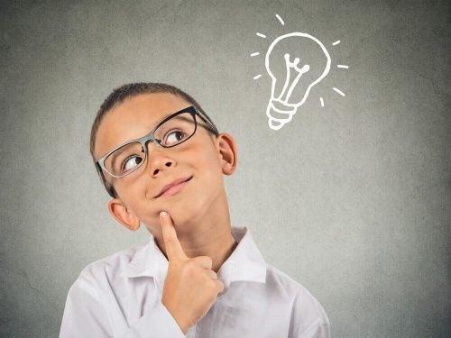 才能のある子供を見つける方法