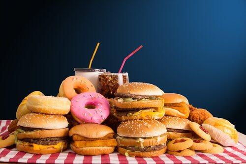 ジャンクフード 健康体重を気にかける