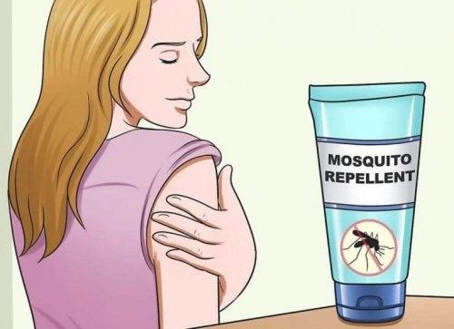 家で作れるナチュラルな虫除けの作り方