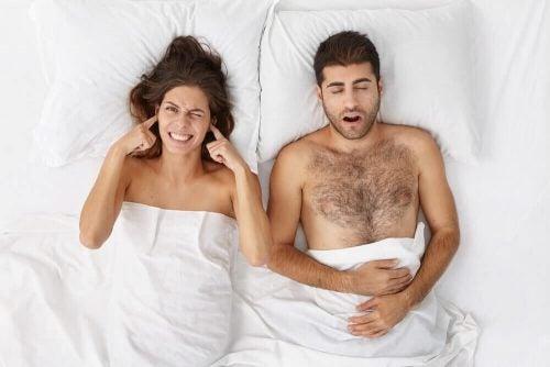 いびきを止める効果のある5つの自然療法