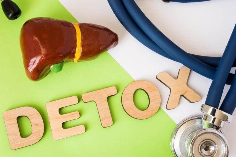 肝臓デトックスを目的とした食事について知っておくべきすべてのこと