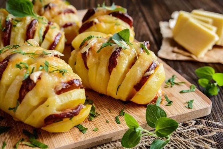 簡単で美味しい!じゃがいものチョリソーとチーズ詰め