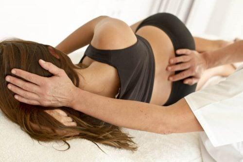寒さ 腰痛の原因
