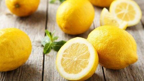 レモン 胃腸が原因の口臭