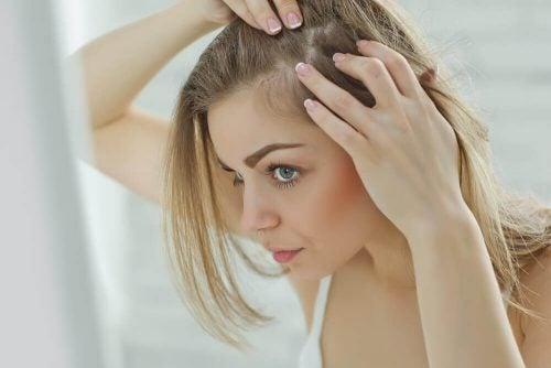 頭皮がヒリヒリする6つの原因