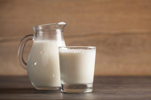 牛乳 子供に一番良いのはどのミルク