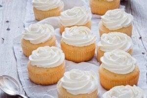 カップケーキ  アイシングの作り方