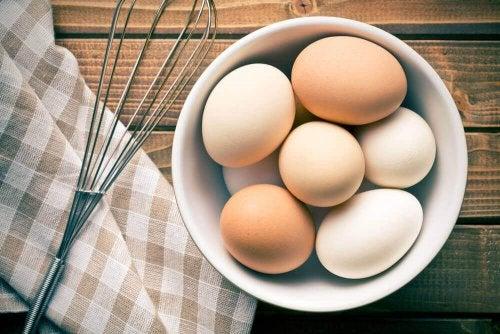 卵が新鮮かどうかを見分ける方法