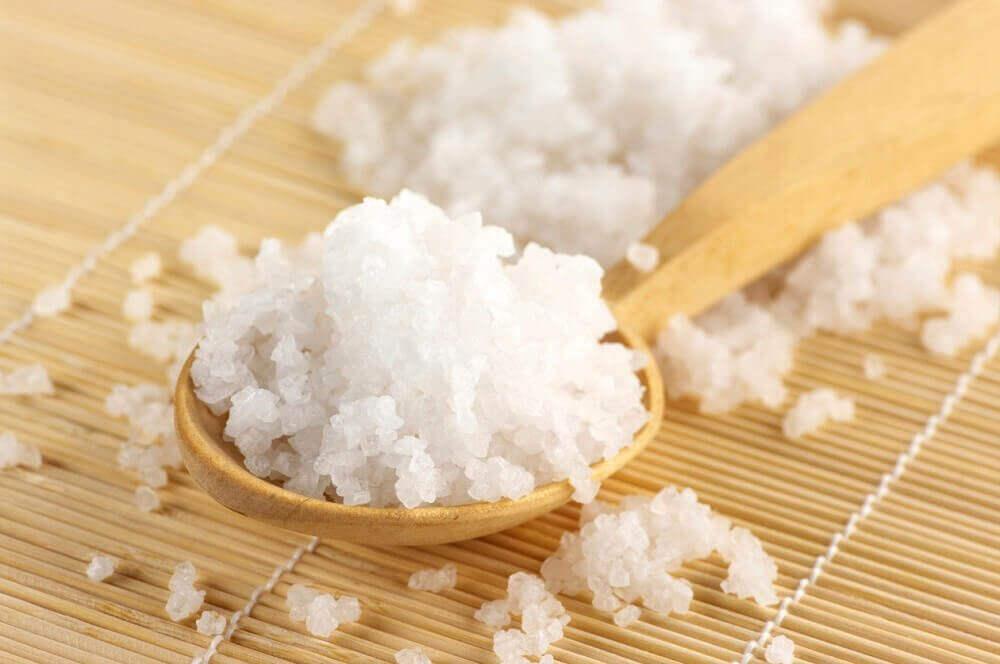 爪の炎症を抑える6つの自然療法、塩