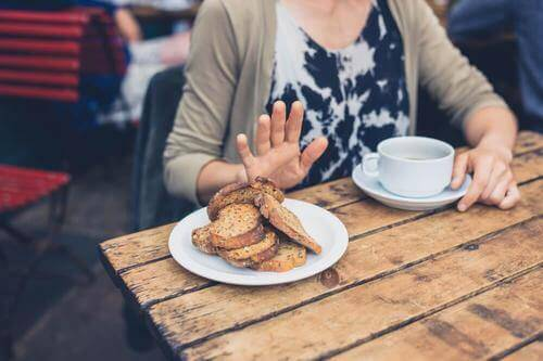 朝食を抜くと起こる7つのこと
