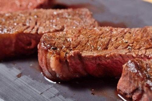 ジューシーさを失わずに肉を調理する方法