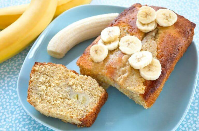 ホームメイドのバナナケーキ、3つのレシピ