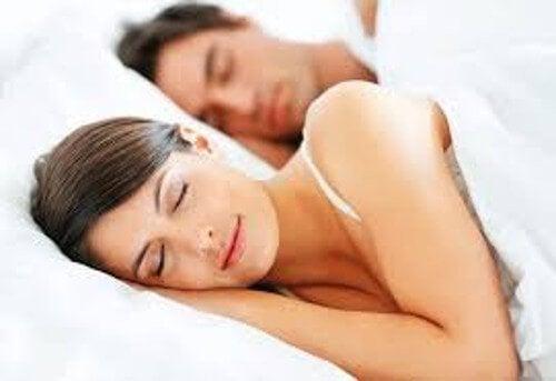 不眠症を克服する4つのアドバイス