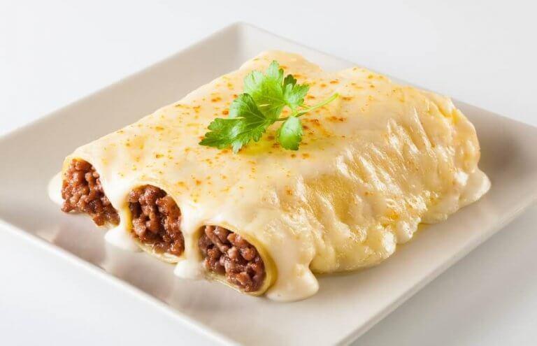 美味しいチキンカネロニのレシピ