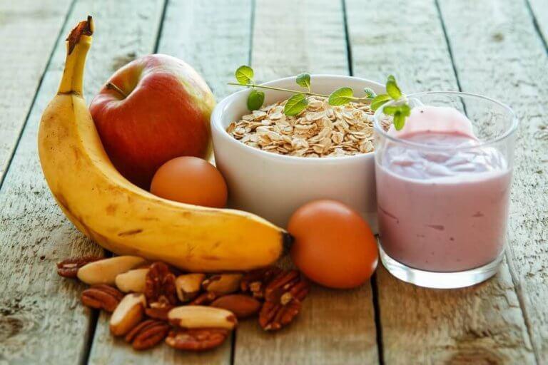 健康的に体重を減らすための朝食メニュー6選